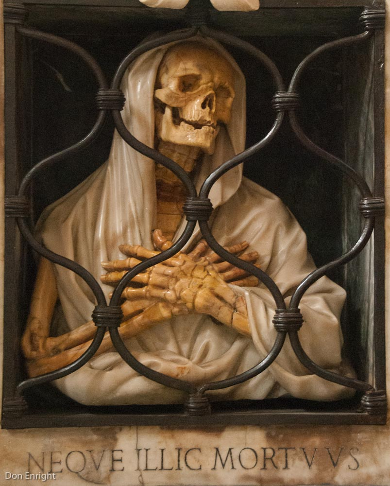 scary Halloween image (church in Rome)